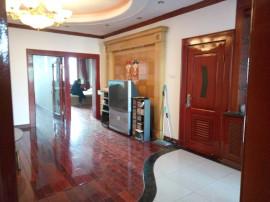 铁岭校区,友联大厦,精装三室一厅使用97米可公积金