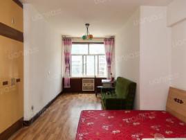 上夼西路+低楼层的一室+采光好+生活方便+前后楼间距大